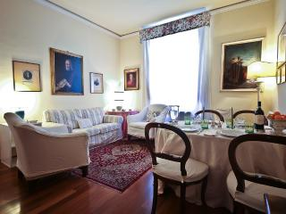 Santa Croce 2bd - Vinci vacation rentals