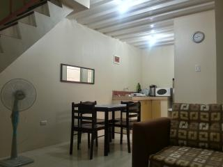 Cozy & Clean 2-Storey Townhouse in Angeles City - Angeles vacation rentals