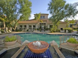 Wonderful 1 bedroom Ahwatukee condo in a quiet community adjacent to shops and restaurants. - Ahwatukee vacation rentals