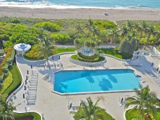 1 BR 1.5 Bathroom right on the beach in Miami Beach - Florida South Atlantic Coast vacation rentals