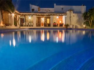 Holiday house for 11 persons, with swimming pool , in Santa Eulalia del Río - Puig d'en Valls vacation rentals
