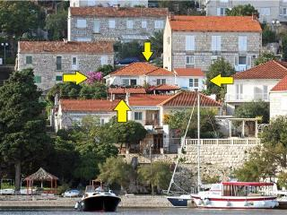 Renovated apartment for 3 persons near the beach in Korcula - Southern Dalmatia Islands vacation rentals