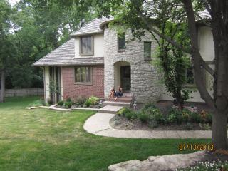 Lovely, nice and clean B&B in beautiful Lenexa - Lenexa vacation rentals