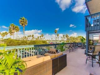 Endless Summer - Mission Beach 2BR Condo on San Fernando Place - San Diego vacation rentals