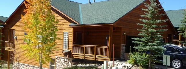 "Moose Lodge on large corner lot - Family Friendly ""Moose Lodge""-Close to 6 Ski Areas - Dillon - rentals"