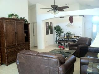 FREE GRILL/FREE WIFI- 5BED 4BATH ONLY $120 A NIGHT - Kissimmee vacation rentals