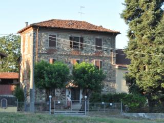 Countryhouse in the quiet hills of Alto Monferrato - Piedmont vacation rentals