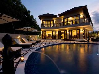 Royalty King Villa, 6 bed, ocean view, Jimbaran - Nusa Dua Peninsula vacation rentals