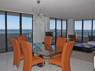 The Place You Dreamed About! - Take a Tour - Daytona Beach vacation rentals