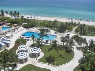 Master 2 Bedroom located right on the Ocean - Miami Beach vacation rentals
