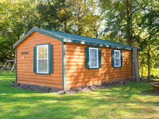 Chipmunk Lodge, One-bedroom Cabin - Taberg vacation rentals