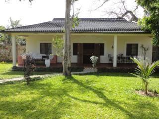Center Diani - WestWing Cottage - Diani vacation rentals