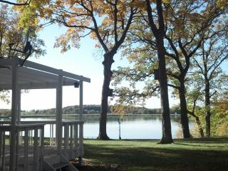 4 Bdrm Spring Lake Vacation Cottage - Minneapolis vacation rentals