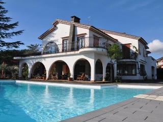 VILLA MARETNA: Panoramic villa with private pool and garden - Trecastagni vacation rentals