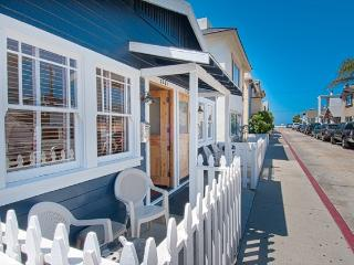 122 A 25th Street- Lower 2 Bedroom 1 Bath - Orange County vacation rentals