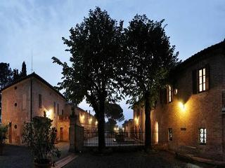 Apartment Massima - Asciano vacation rentals
