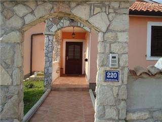 Holiday house for 9 persons, with swimming pool , in Labin - Nedescina vacation rentals