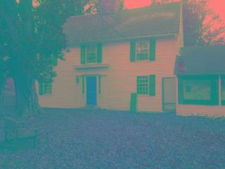 Guilford CT 1752 historic colonial house - Guilford vacation rentals