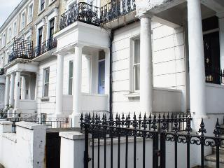 The Colombian Apartment - London vacation rentals