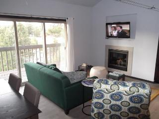 Modern Family Living in this NEWLY designed condo. A wall fireplace, hot tub - Bend vacation rentals