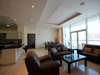 2BR Apartment w/ Sea Views in Oceana Palm-Jumeirah - Dubai vacation rentals