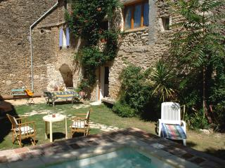 A Stone built house in  Old Village with Pool - Eyne vacation rentals
