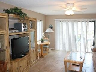 Summerhouse 111, Ocean View Condo- Steps to Beach - Crescent Beach vacation rentals