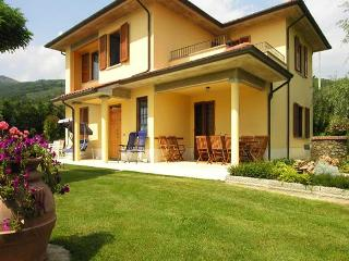 Azzura Farmhouse - Loro Ciuffenna vacation rentals
