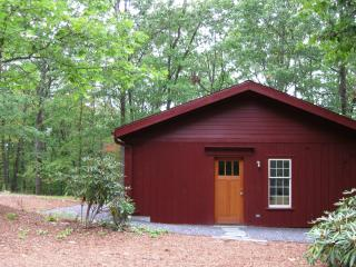 Red Oaks Sustainable Cottage - Berkshires vacation rentals