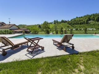 La Reala - Vacation Rental in Roero, Piemont with Heated Pool - Canale vacation rentals