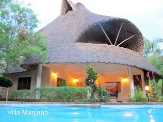 Villa Manjano in Kenya for your African adventure - Diani vacation rentals