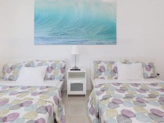 MIAMI BEACH✦✦✦Beach Front Studio - Miami Beach vacation rentals