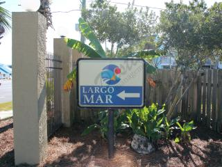 Fabulous One Bedroom with Pool View at Largo Mar! - Panama City Beach vacation rentals