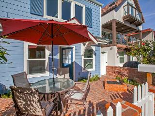 #742 - Brand New Luxurious Cape Cod Style Home - Mission Beach vacation rentals