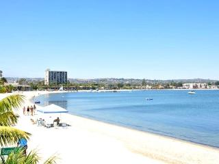 MISSION BAY GETAWAY-FUN IN THE SUN!! - Mission Beach vacation rentals
