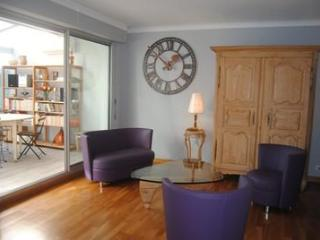 Carnot Chic (JH) - Cannes vacation rentals