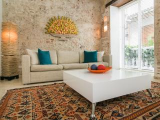 Chic 1 Bedroom with Pool in Old Town - Colombia vacation rentals