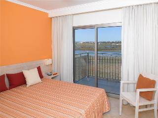 2 BEDROOM APARTMENT FOR 6 IN NATURAL PARK OF RIA FORMOSA | CABANAS | TAVIRA | REF: 133758 - Tavira vacation rentals