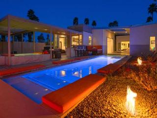 CDPS: A Modern Retreat - Palm Springs vacation rentals