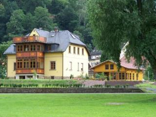 Vacation Apartment in Bad Schandau - 646 sqft, natural, quiet, comfortable (# 4832) - Saxony vacation rentals