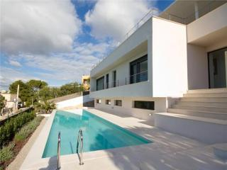 Holiday house for 6 persons, with swimming pool , in Santa Eulalia del Río - Talamanca vacation rentals