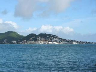 BAYVIEW UNIT #3... just steps to the BEACH, Beacon Hill, St Maarten - Burgeaux Bay vacation rentals