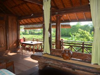 Villa Stanley - Apartment with great Open Living - Mataram vacation rentals
