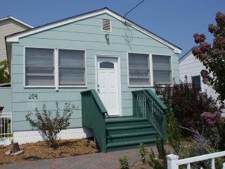Cottage near the Beach -Relax, Unplug, and Unwind - Seaside Park vacation rentals