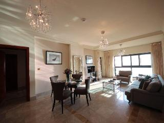 Lovely Sea view-2 BR Apt. in Palm Jumeirah - Dubai vacation rentals
