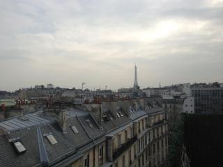 Corner Champs Elysees Luxury 1200 Sqft - Paris vacation rentals
