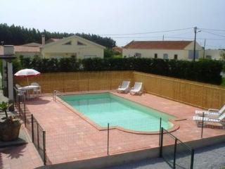 Beautiful holiday house with private     pool, quiet location - PT-1077219-Lourinha - Lourinha vacation rentals