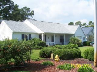 3 BR House on golf course, 2 miles from ocean - Murrells Inlet vacation rentals