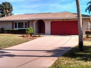 WATER FRONT PARADISE IN OSPREY FLORIDA - Osprey vacation rentals