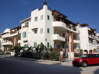 #207 Las Olas Condo Buena Vida - Just Steps from Mamitas Beach and 5th Avenue - Playa del Carmen vacation rentals